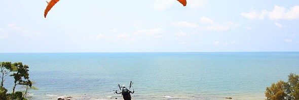 Khung Wiman Beach